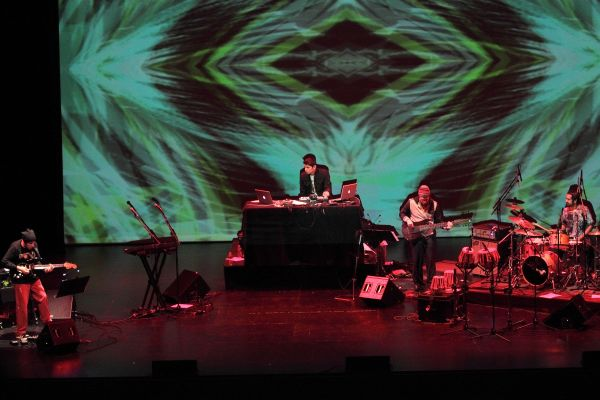 Jesse Gilbert » Archive » Performing with Karsh Kale at UCLA